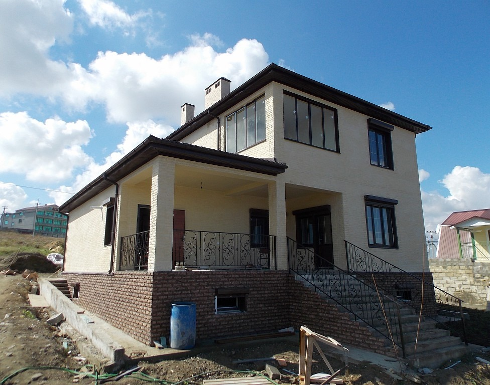 Дом на побережье, особенности строительства