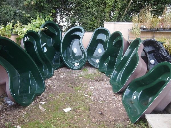 Пластиковые чаши для садового пруда