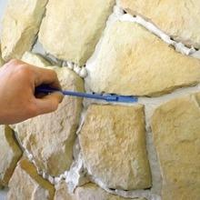 Декорирование стен искусственным камнем