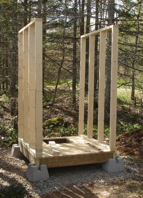 Строительство дачного туалета