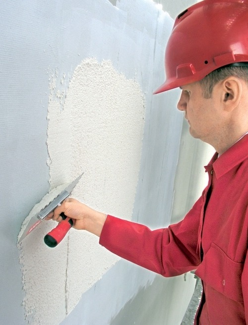 Этапы оштукатуривания стен по минвате