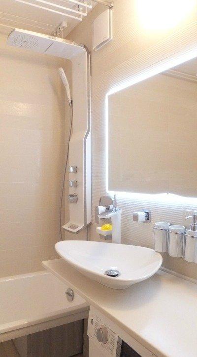 Душевая стойка для ванной