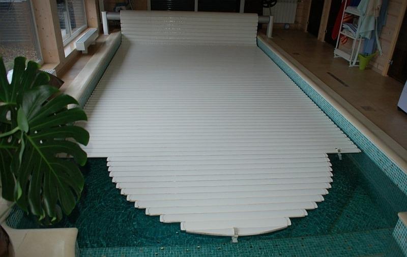 Частный бассейн в помещении