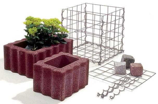 Делаем оригинальные садовые скамейки