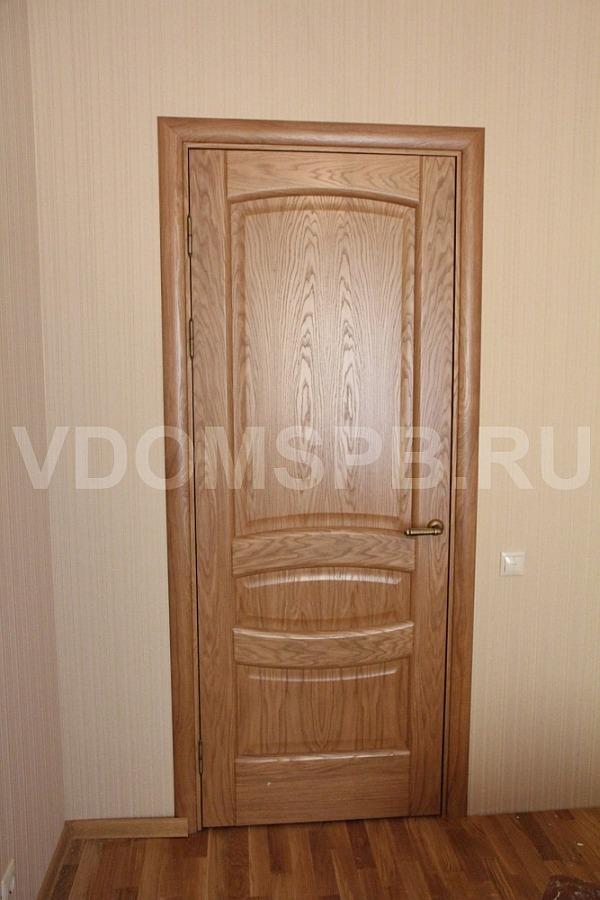 Дверь с покрытием из шпона дуба