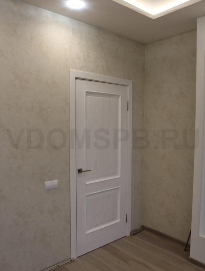 Дверь с покрытием из натурального шпона ясеня