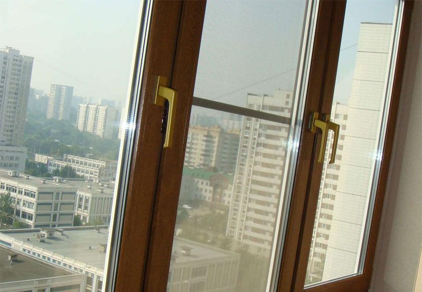 Цветные ПВХ окна для балкона