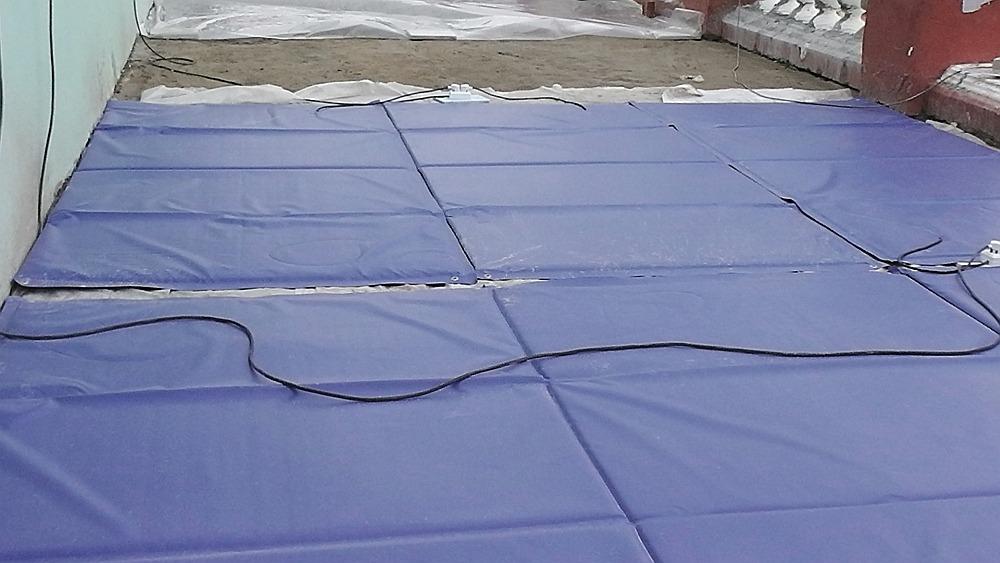 Прогрев бетонной стяжки термоэлектроматами