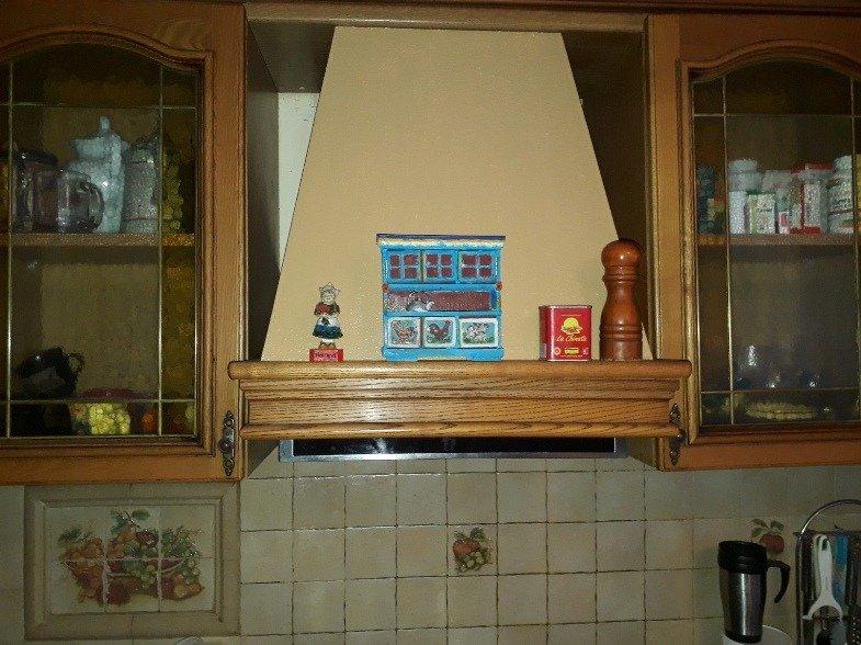 Фото 1. Авторские сувениры для бюджетного дизайна кухни