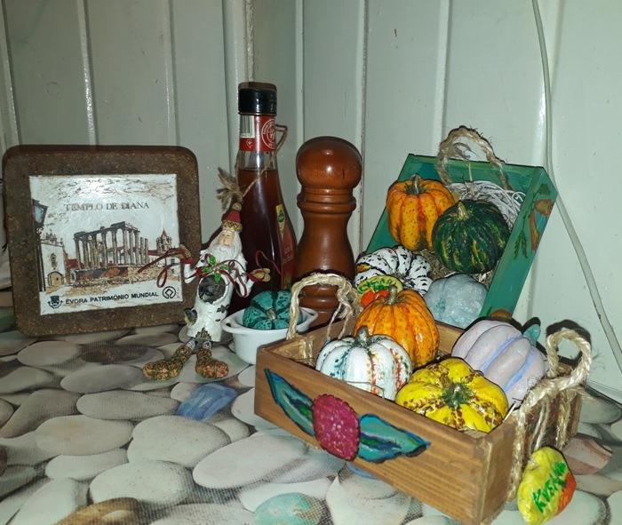 Фото 5. Декоративные тыквы в дизайне кухонного интерьера