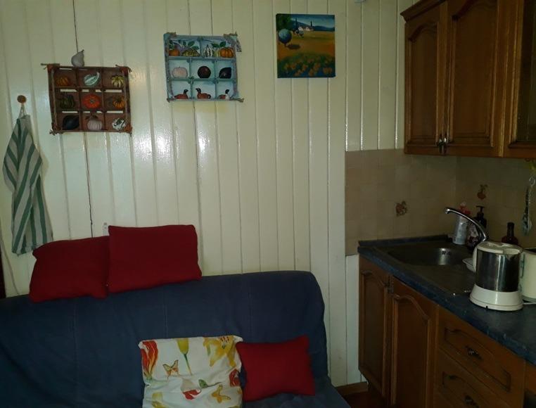 Фото 4. Набор декоративных стеллажей с тыквами для гармонизации и добавления уюта кухонному интерьеру