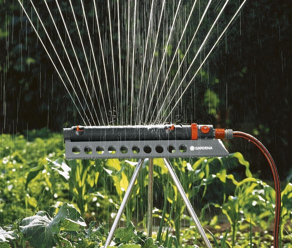 Дождеватель для полива Gardena
