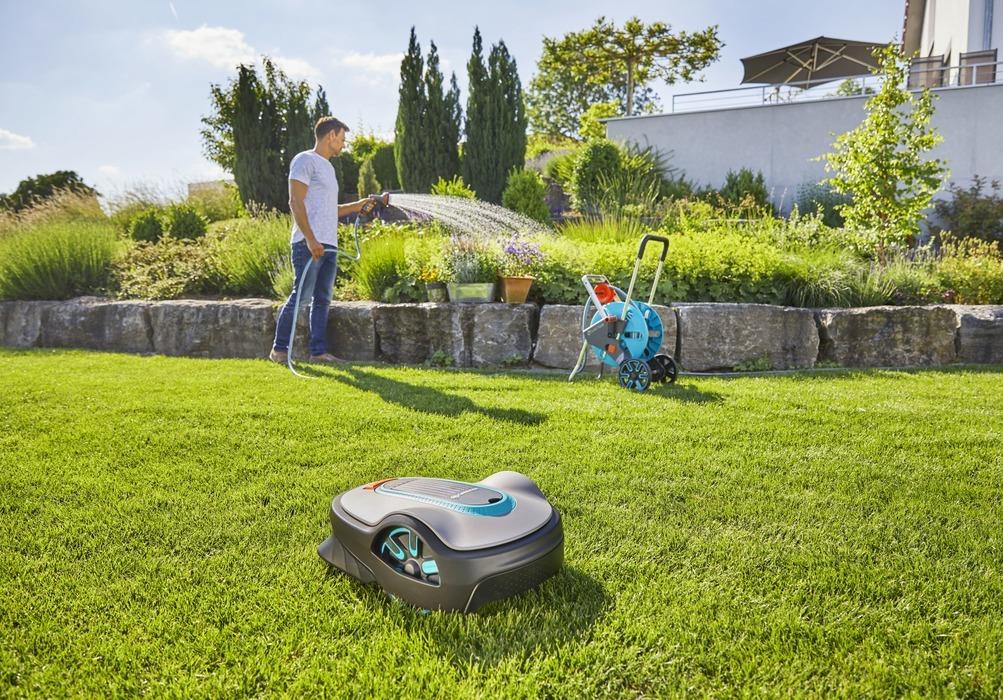 Робот-газонокосилка SILENO life Gardena