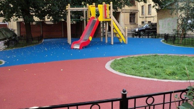 Травмобезопасные покрытия детских площадок