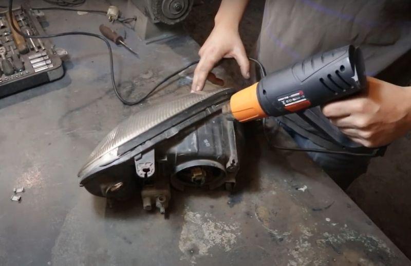 Строительный фен, нагрев фары автомобиля